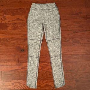 Fleur texture gray gymshark leggings